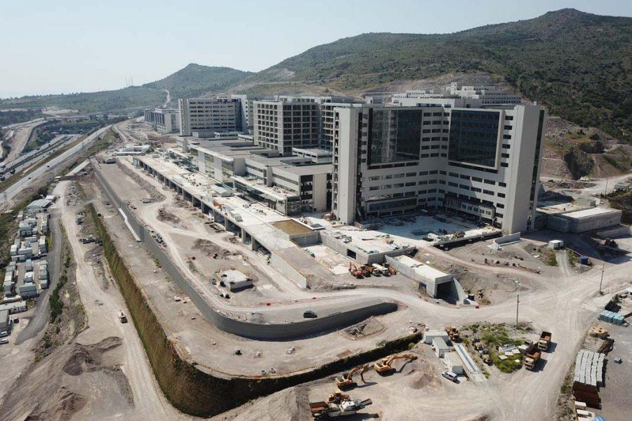 Bayrakli-Sehir-Hastanesi-1